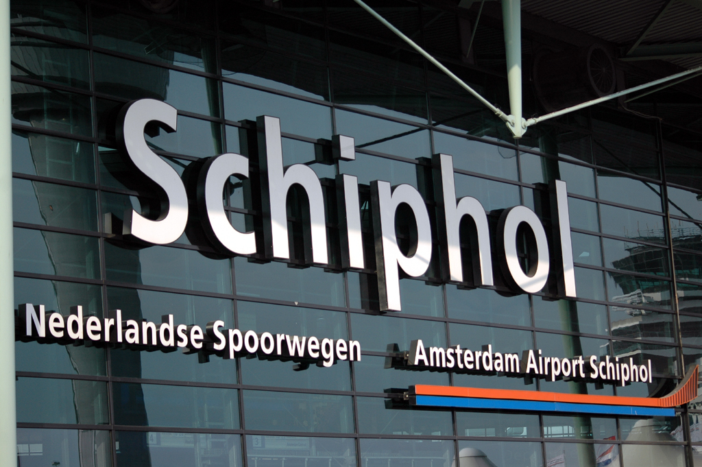 travel schiphol airport amsterdam