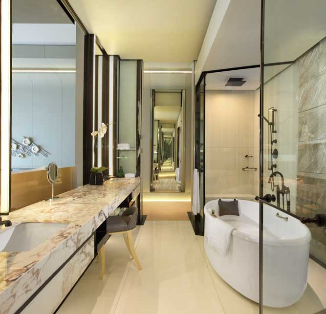Keraton at the plaza a luxury collection hotel jakarta for Plaza interior designs ltd