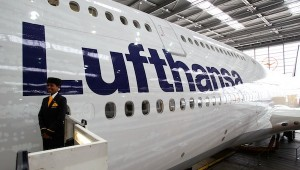 LUFTHANSA INTRODUCTION BOEING 747-800