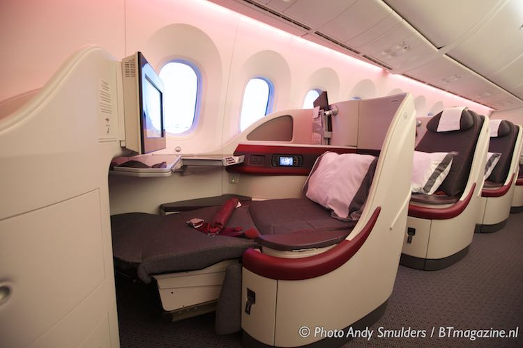 Qatar Airways Business Class Special onboard the B787 ... Giorgio Armani Jacket
