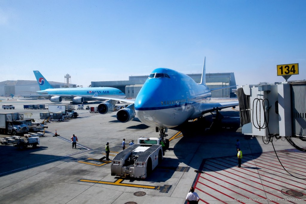 KLM Economy Antwerpen - Amsterdam - Los Angeles for half